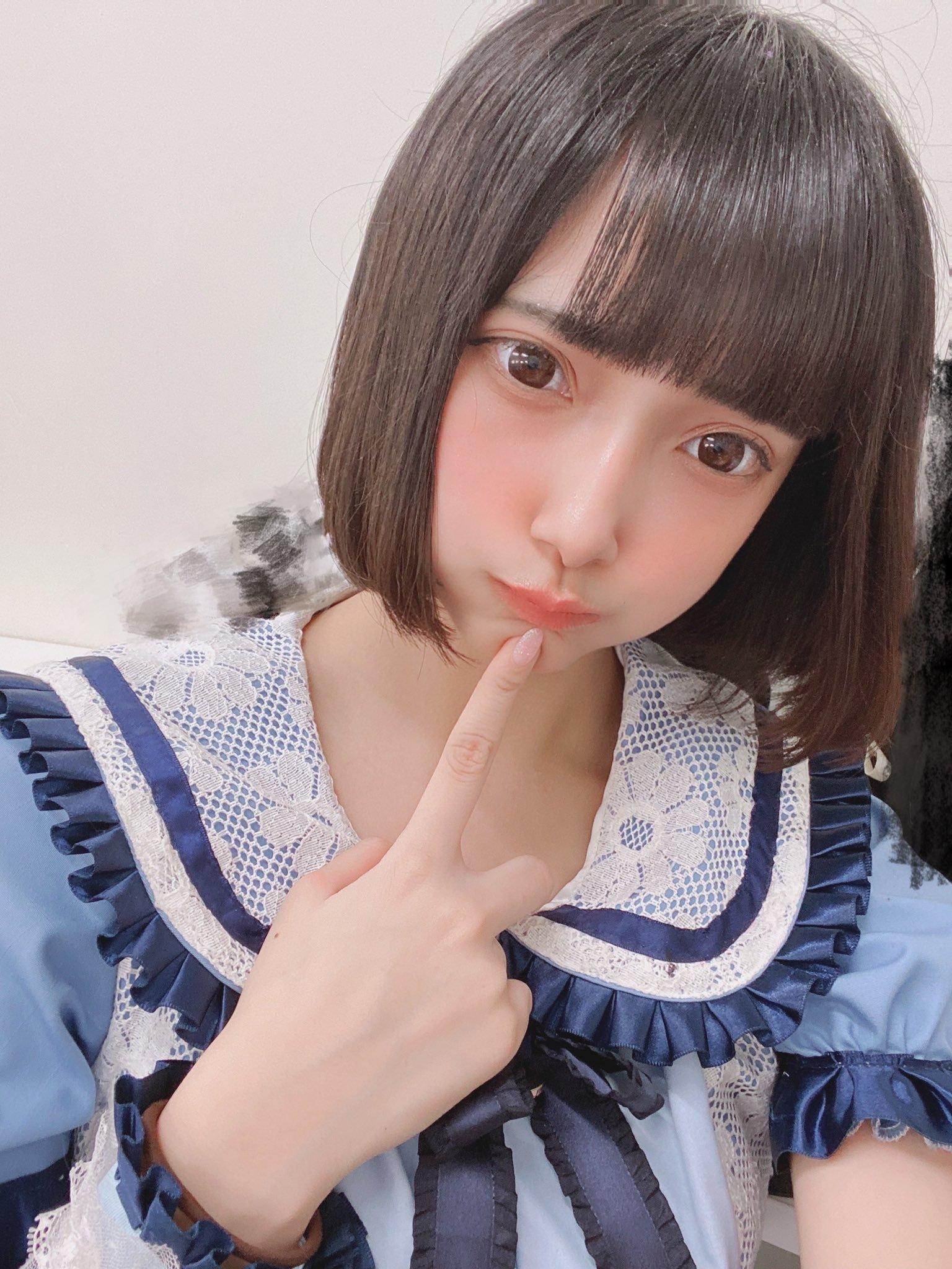 日本少女偶像天使もも写真使出招数 养眼图片 第2张