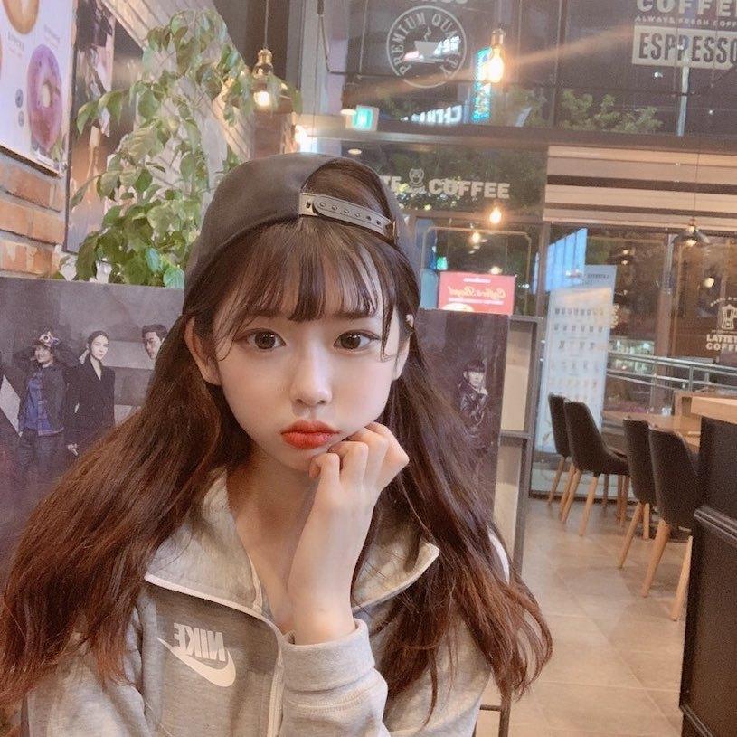 高校童颜极品学生妹별(_star._.b)放学后的穿搭让人恋爱