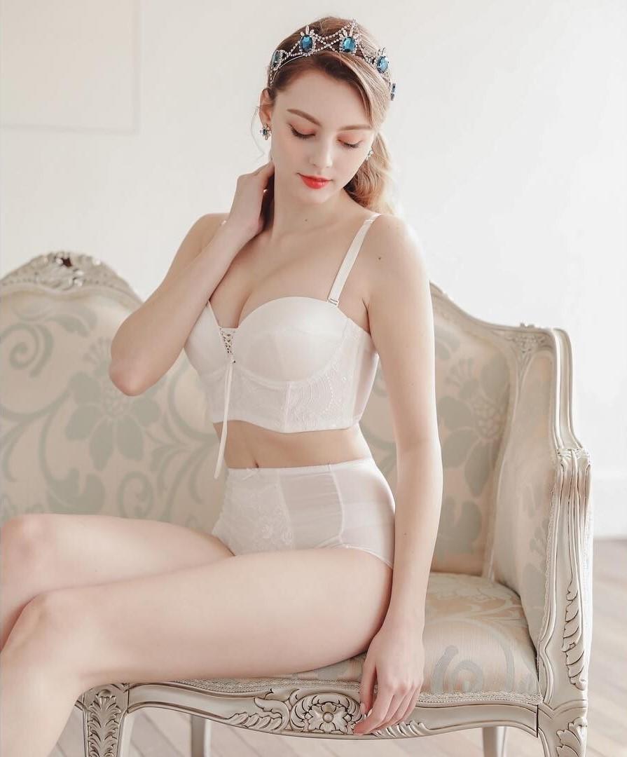 [正妹]完美比例天使脸孔[白俄罗斯女模]内衣广告网友直呼好仙 养眼图片 第26张