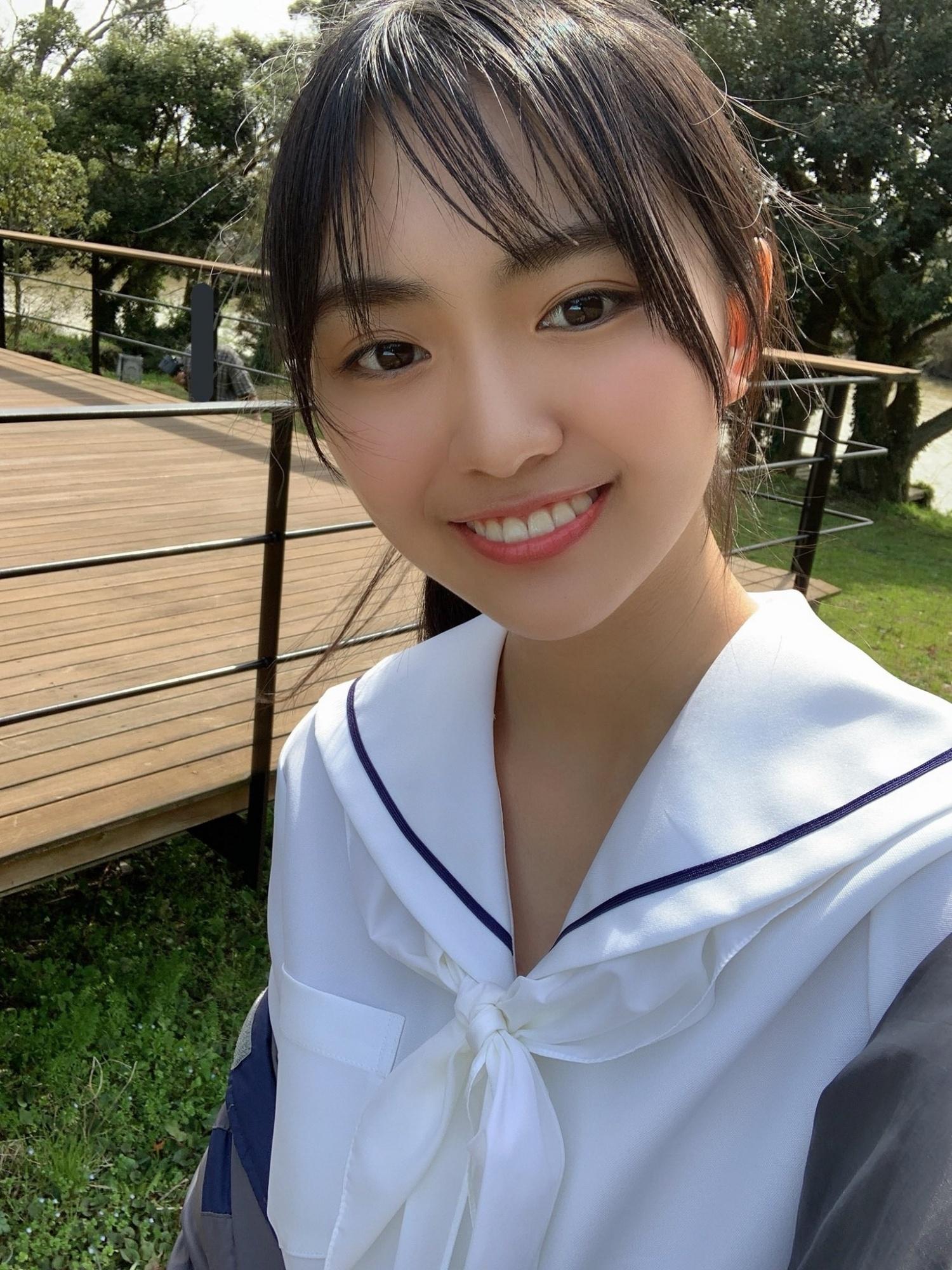让人心醉!18岁美少女「丰田留妃」最新写真再晒「有料」-新图包