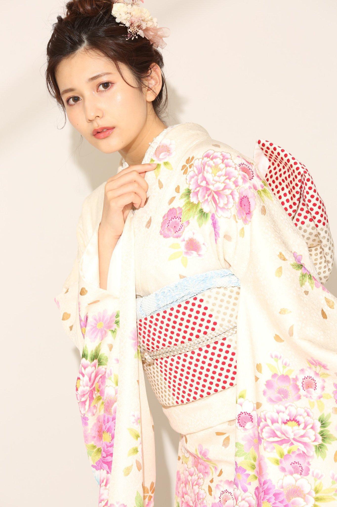 [日本]2020年杂志选美冠军新井遥超嫩脸蛋迷倒众人 养眼图片 第3张
