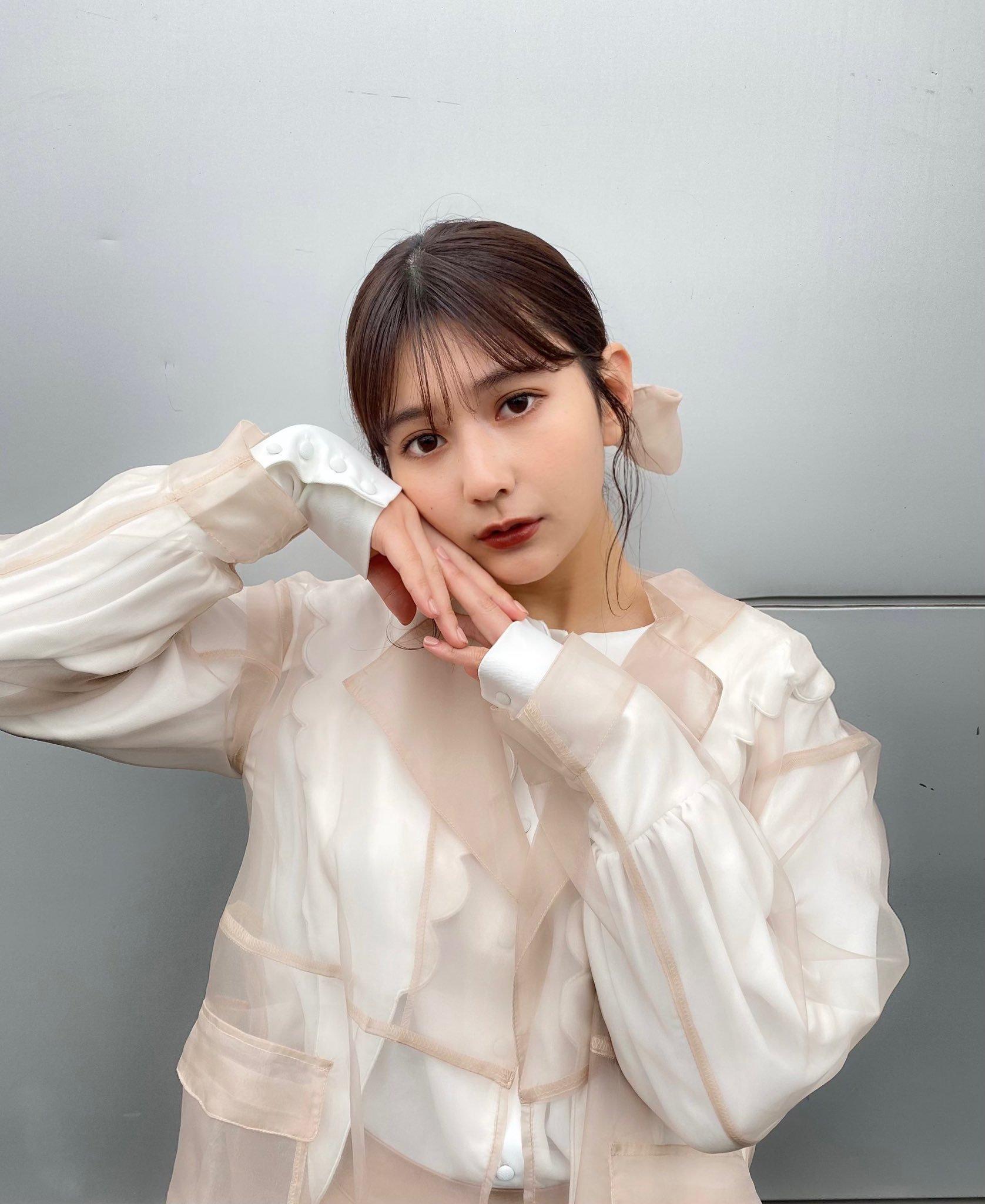 2020年杂志选美冠军新井遥超嫩脸蛋迷倒众人