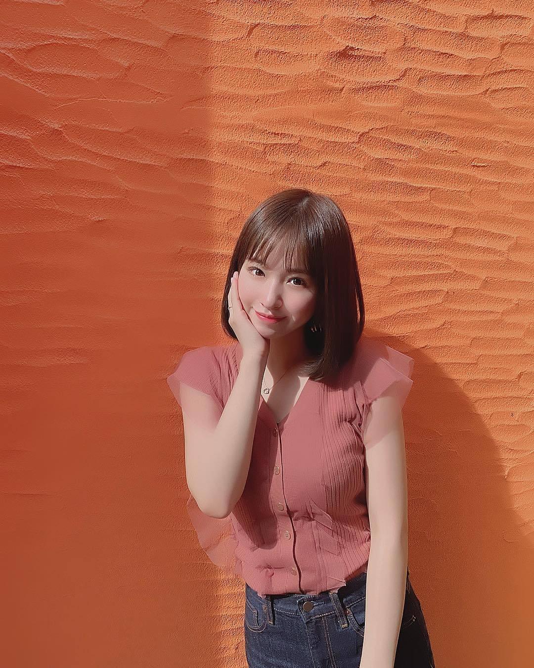 偶像近藤里奈,超清新笑容却拍了性感写真 网络美女 第11张