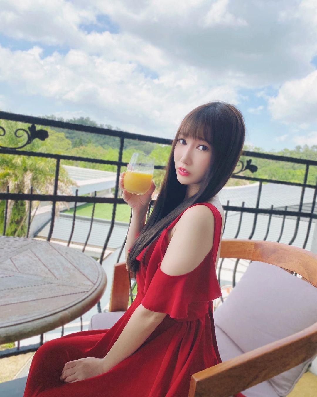 师范大学正妹研究生又又,超甜美颜值让人好想一起约会 养眼图片 第7张
