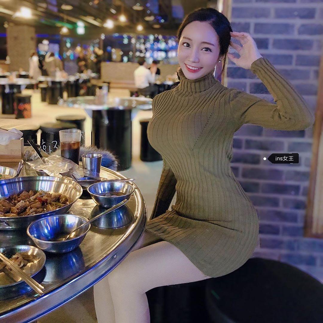 颜值与身材并存的韩国英语老师woooozzzzz  前凸后翘身材超辣 第7张