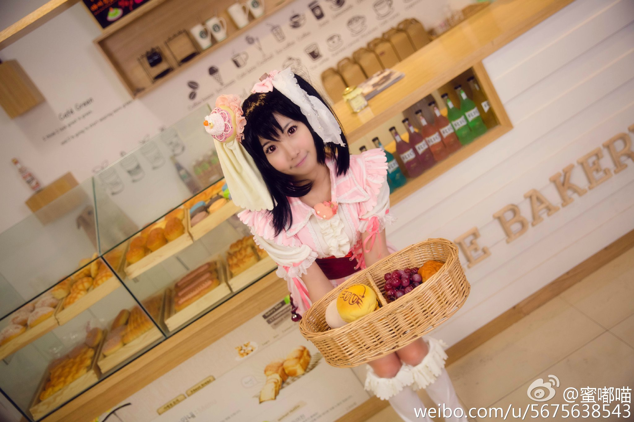 蜜嘟喵     要来一块蛋糕吗~~[兔子]_美女福利图片