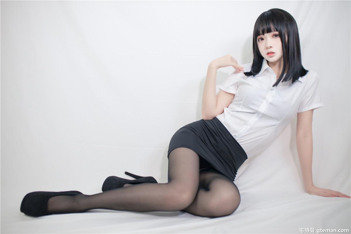 疯猫ss 职业装3[40P-494MB]