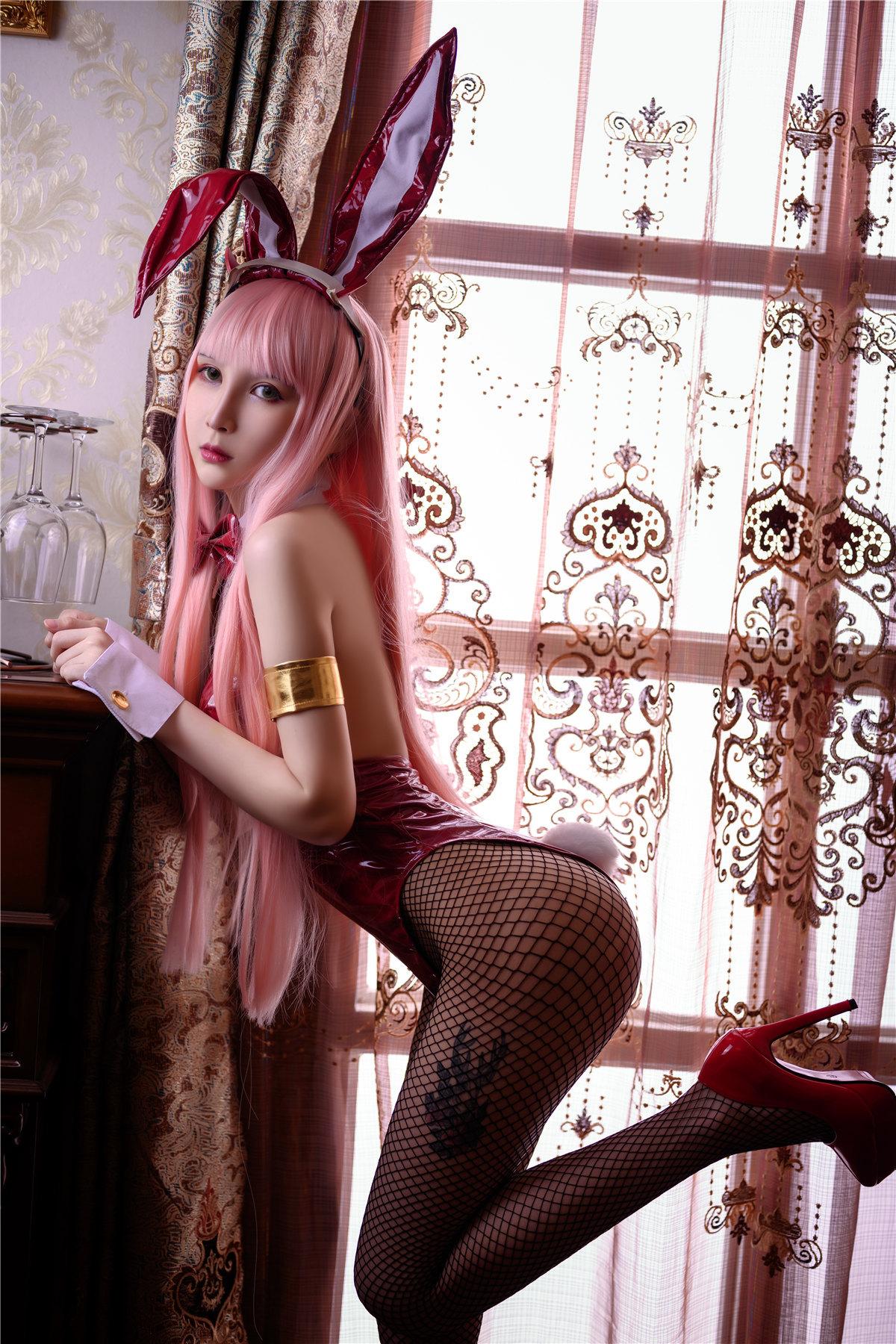 Vams子 兔女郎COS作品在线看-觅爱图
