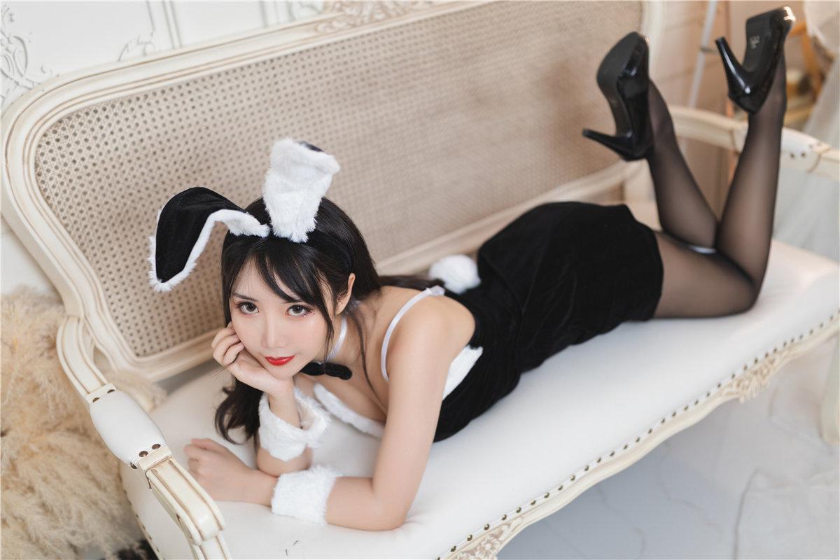面饼仙儿 大象兔女郎角色扮演-觅爱图