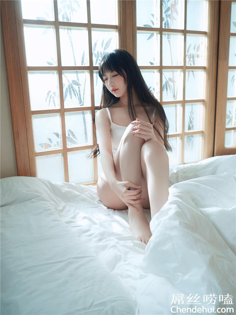 OBA-401 冈江凛(绪川凛)是位顺从的女服务员