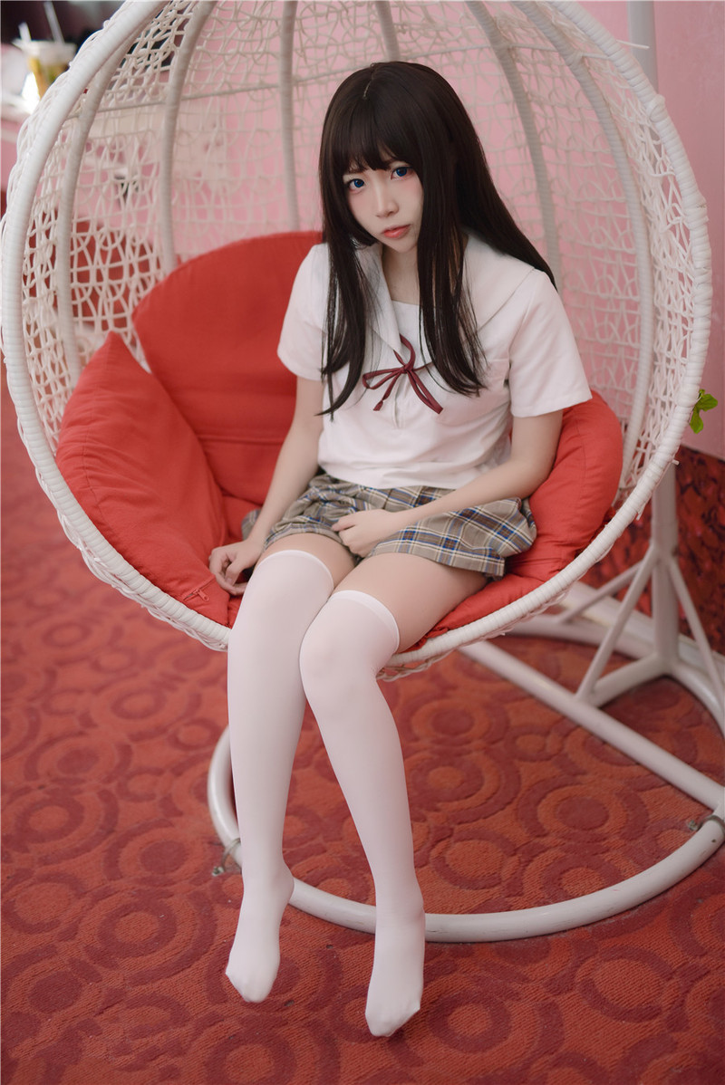 JUFE-173 心实流菜(心実るな)穿着可爱内内的她~
