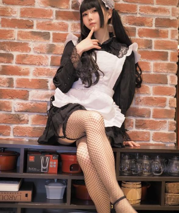 金源平台今日福利Cosplay欣赏!黑色长袜的小姐姐太漂亮!