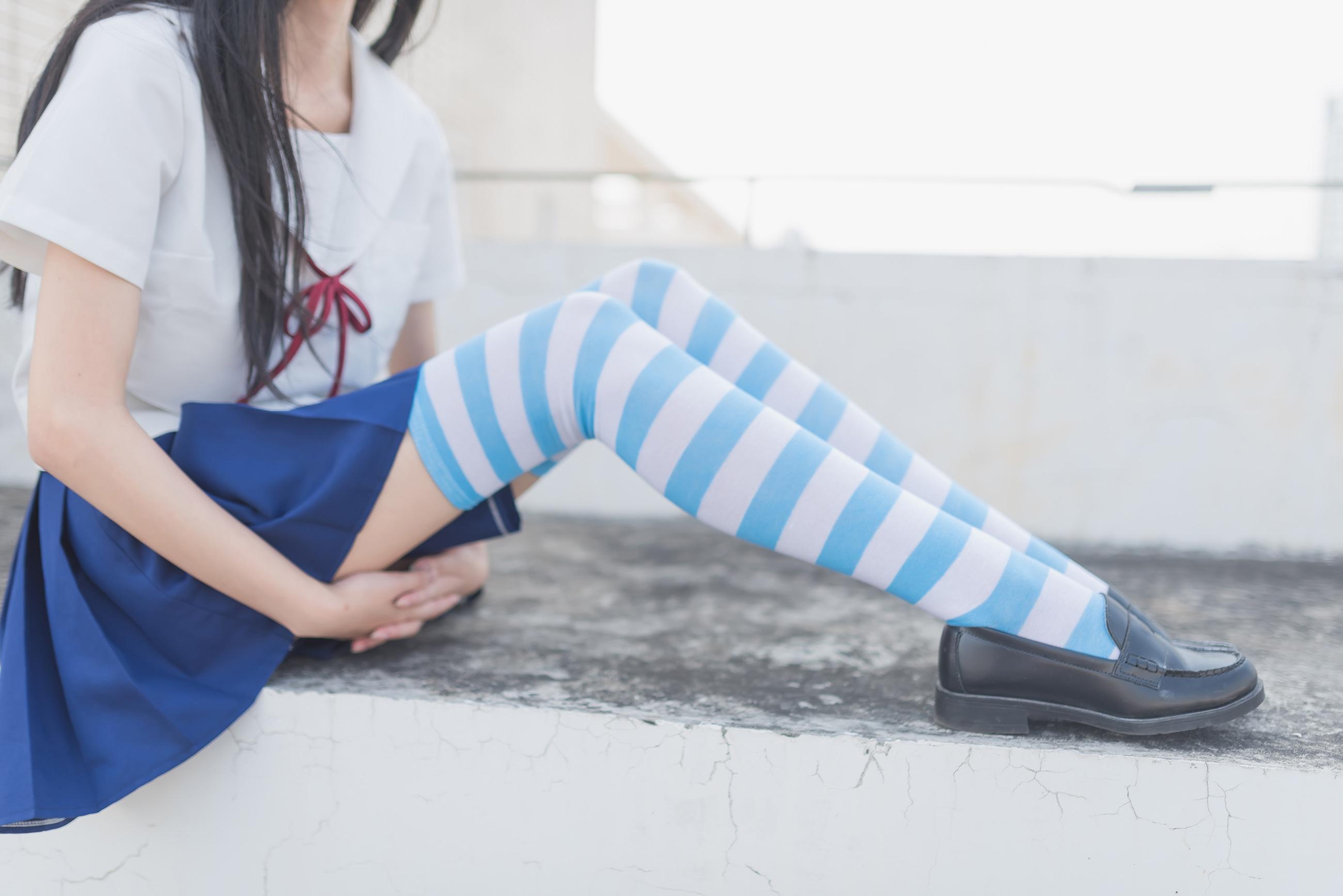 蓝白条纹 腿控领域