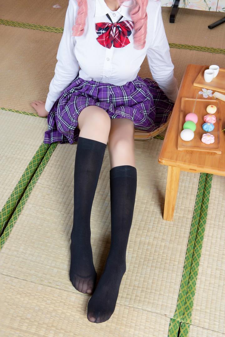 006e5ANEgy1g8hpg6qeqsj30k00u00z7 - 玉藻前的半筒袜