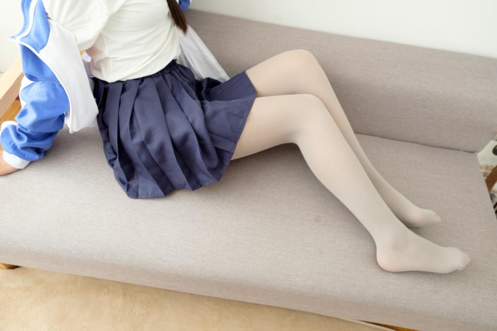 白丝 JK(36P) 腿控领域
