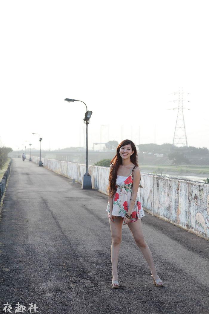 陈韦蓉韩雨洁唯美写真图片(97P)