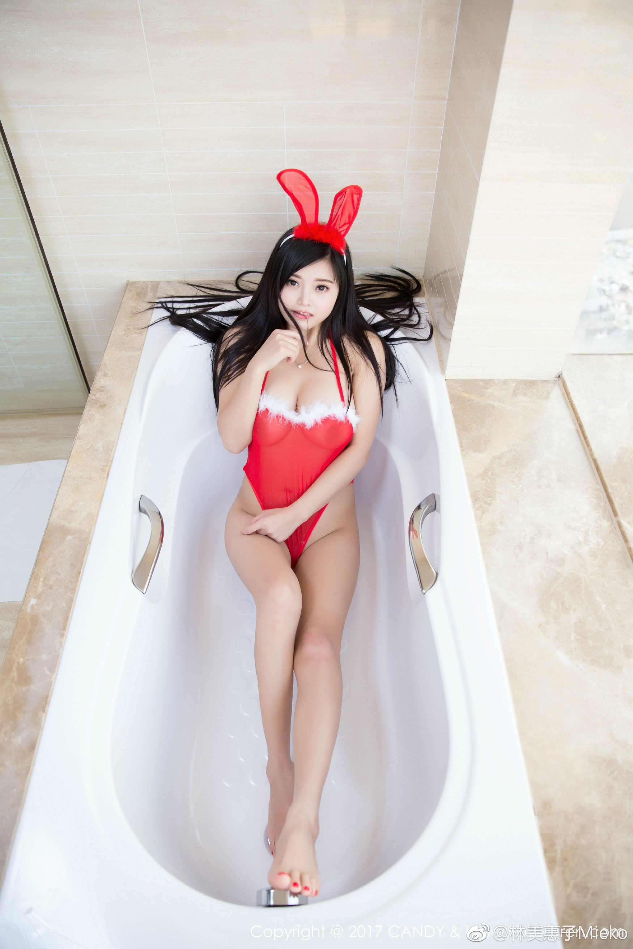 林美惠子Mieko