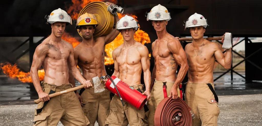 萌妹子《澳大利亚消防员日历》的图片 第36张