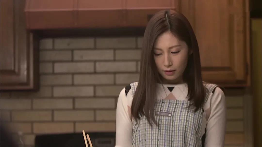和上司小娇妻佐佐木的深刻探讨顺利完成