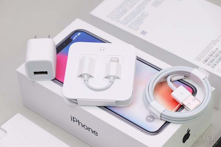 iPhone X 太空灰、银色开箱,Geekbench 跑分破万