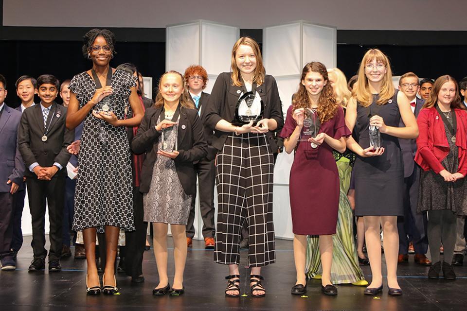 历史首次!全美STEM竞赛前5名都是女孩 涨姿势 第1张