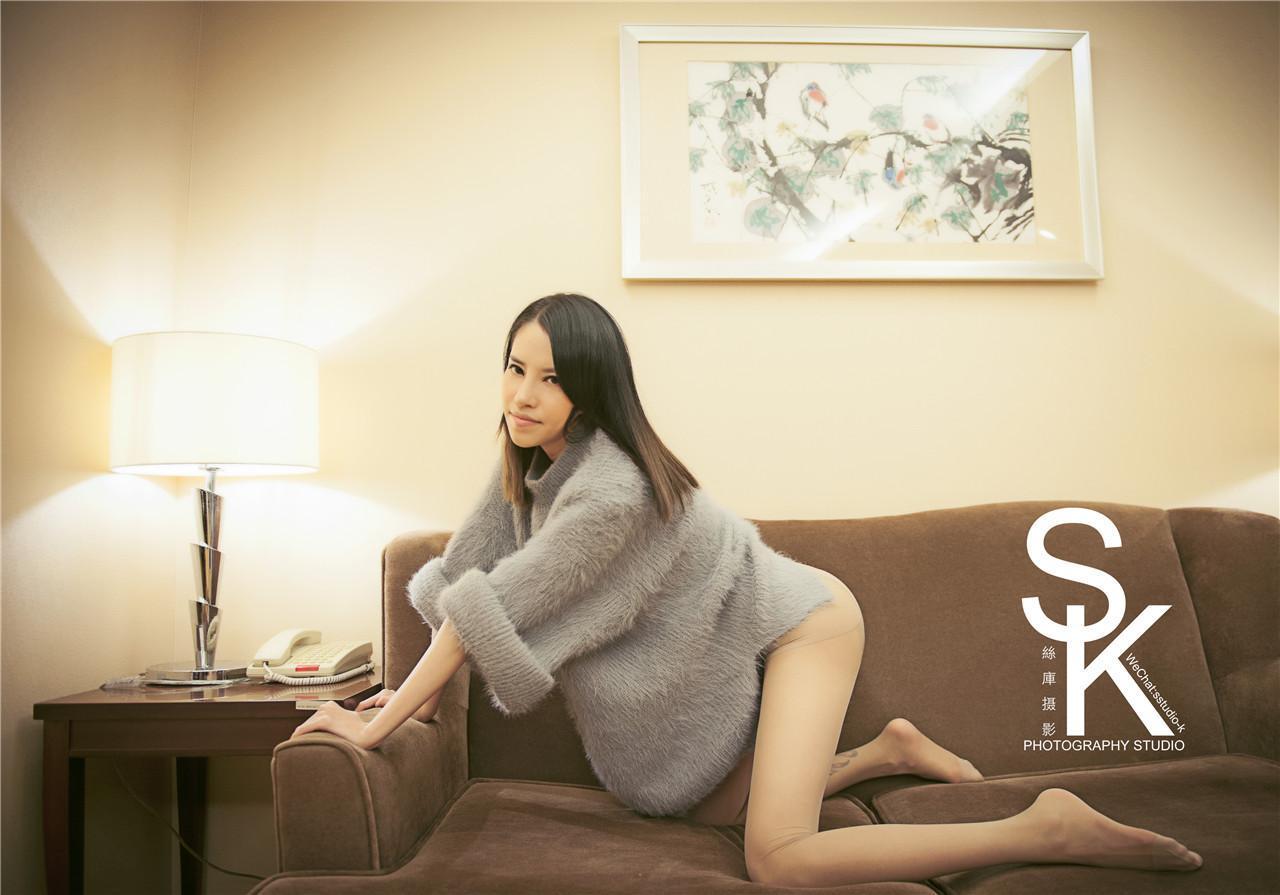 SK丝库摄影作品集系列套图视频第18辑No.18 新乔儿 [60P]