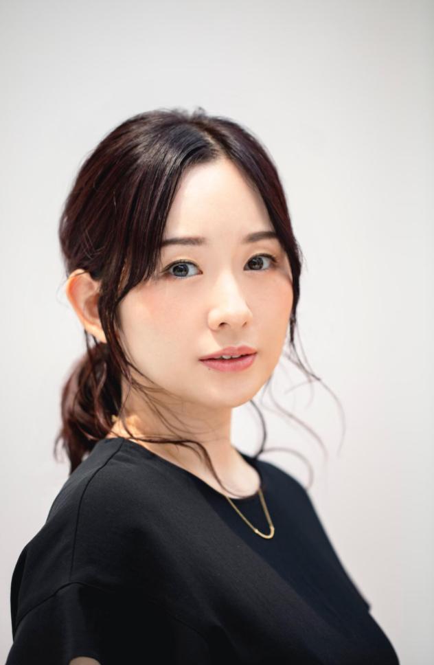 《偶像大师灰姑娘》樱井桃华声优-照井春佳宣布和棋手平田智也结婚