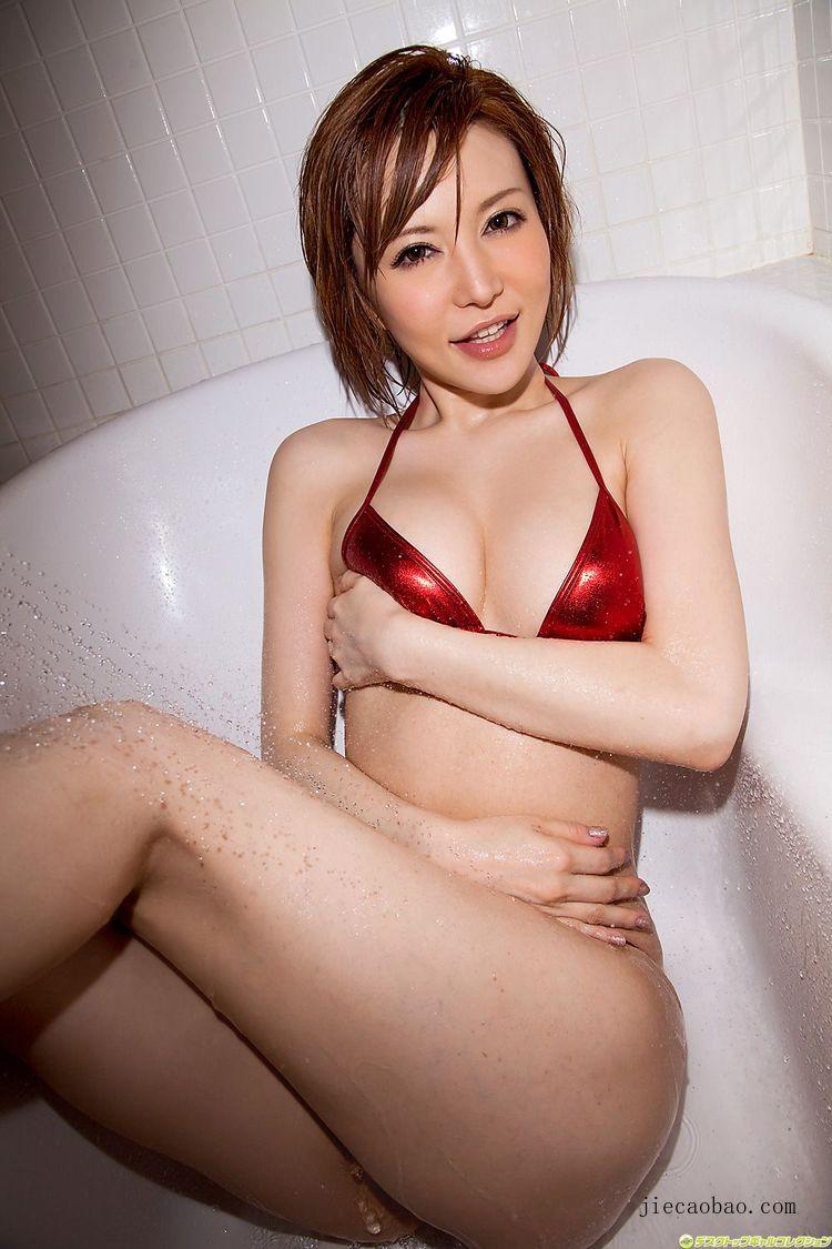 魅力短发女人里美尤利娅(里美ゆりあ)性感写真欣赏 美女精选 第12张