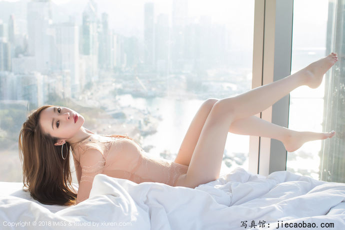 姐妹花梦心玥和萌琪琪摄人魂魄的性感写真鉴赏 美女精选 第13张