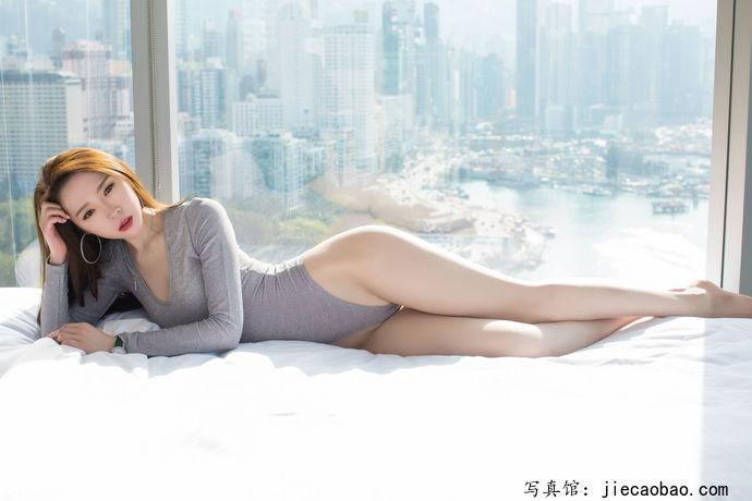 姐妹花梦心玥和萌琪琪摄人魂魄的性感写真鉴赏 美女精选 第7张