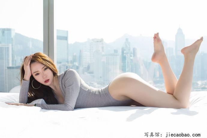 姐妹花梦心玥和萌琪琪摄人魂魄的性感写真鉴赏 美女精选 第8张