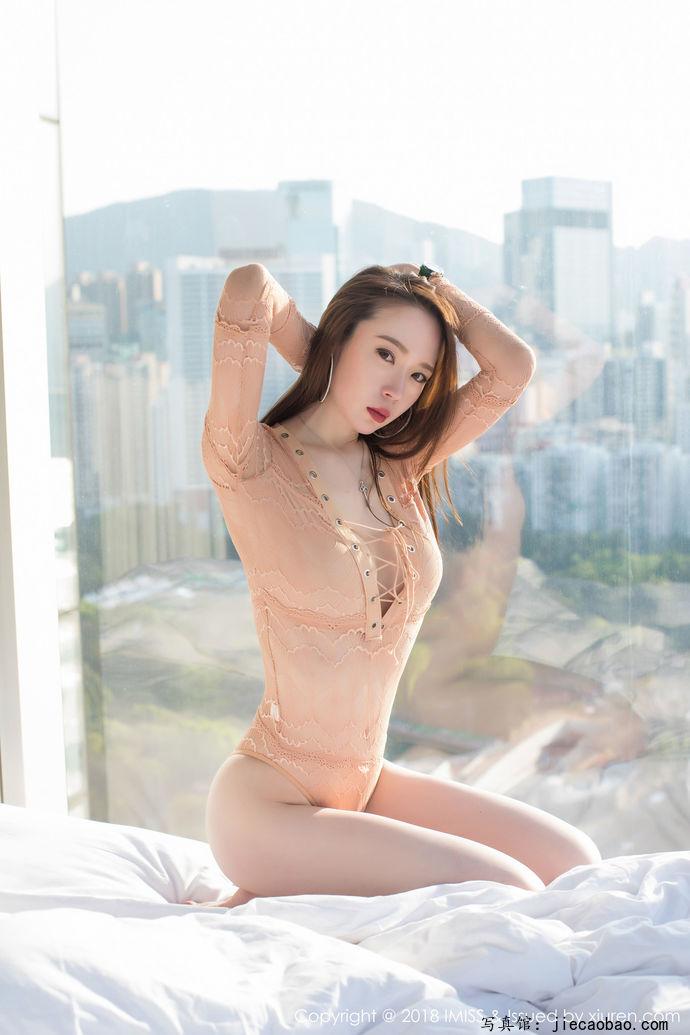 姐妹花梦心玥和萌琪琪摄人魂魄的性感写真鉴赏 美女精选 第12张