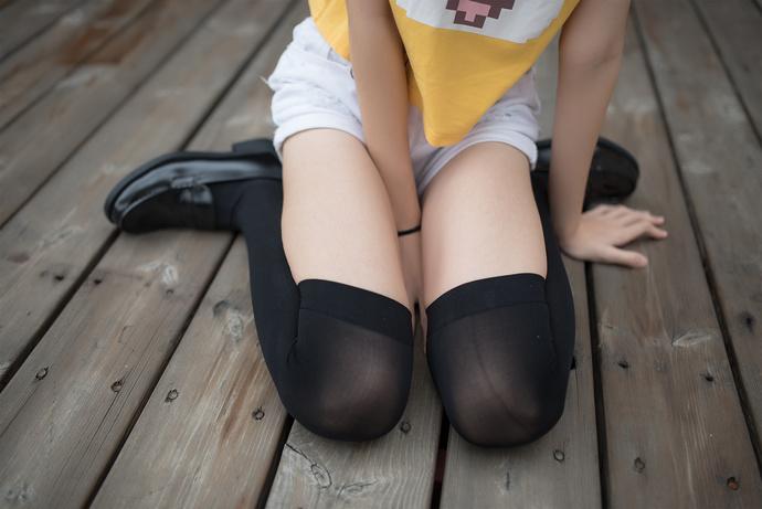 风之领域 002 长腿黑丝少女