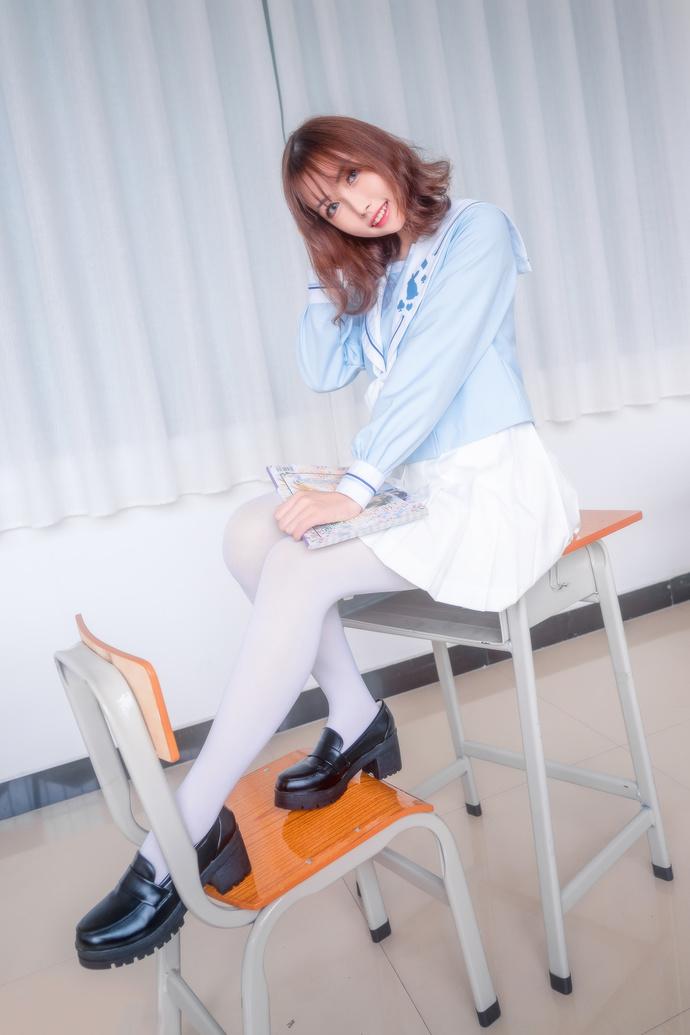 喵糖映画 VOL-009 气质少女的课间活动 中日妹子