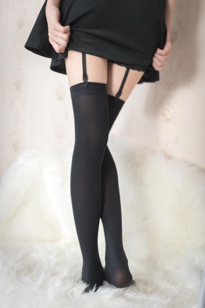 风之领域 009 黑裙少女的黑丝吊带袜 清纯丝袜