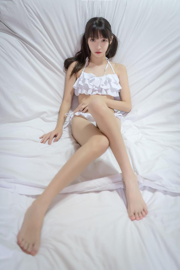 风之领域 015 内衣长腿少女写真 中日妹子