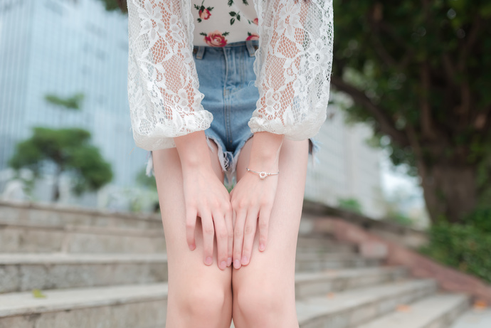 风之领域 042 公园里的美腿少女写真