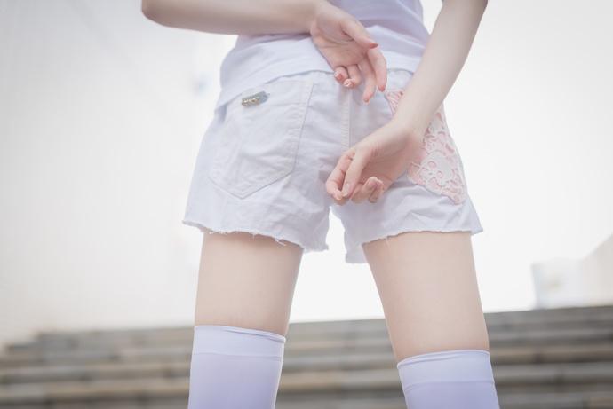 风之领域057 广场上的白丝少女