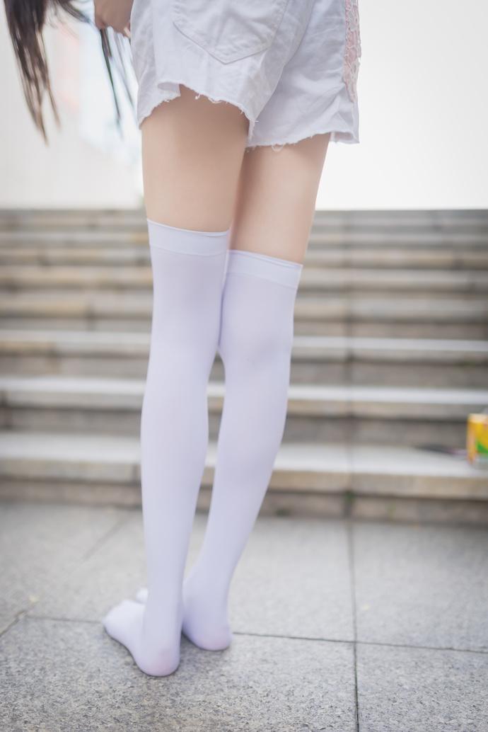 风之领域 057 广场上的白丝少女 中日妹子