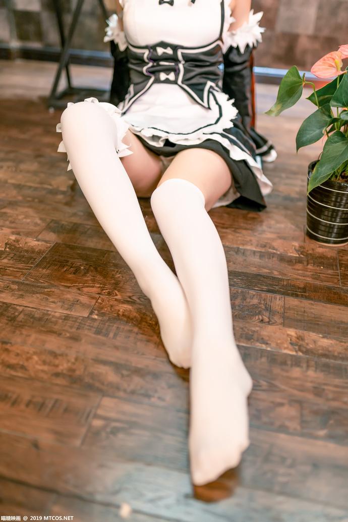 蕾姆的白丝女仆装 少女二次元