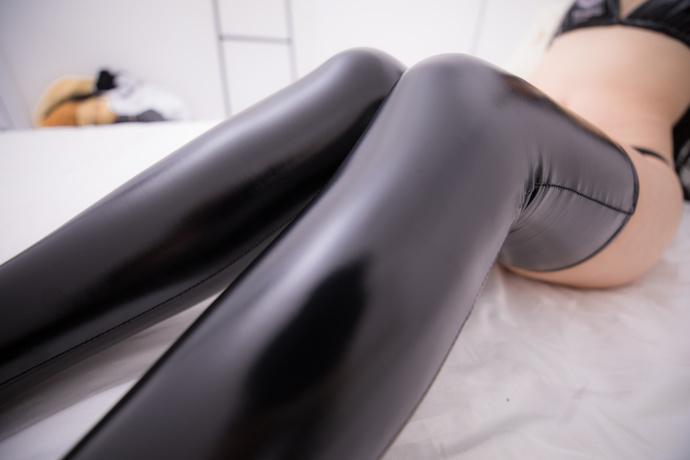 狐狸少女的胶皮袜 清纯丝袜