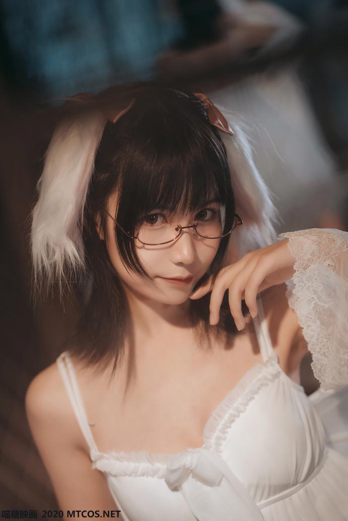 白色私房睡裙 清纯丝袜