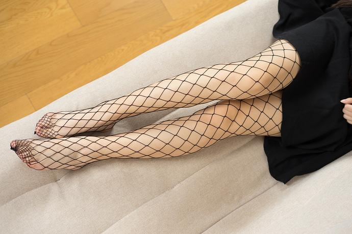 黑裙少女的网袜 清纯丝袜