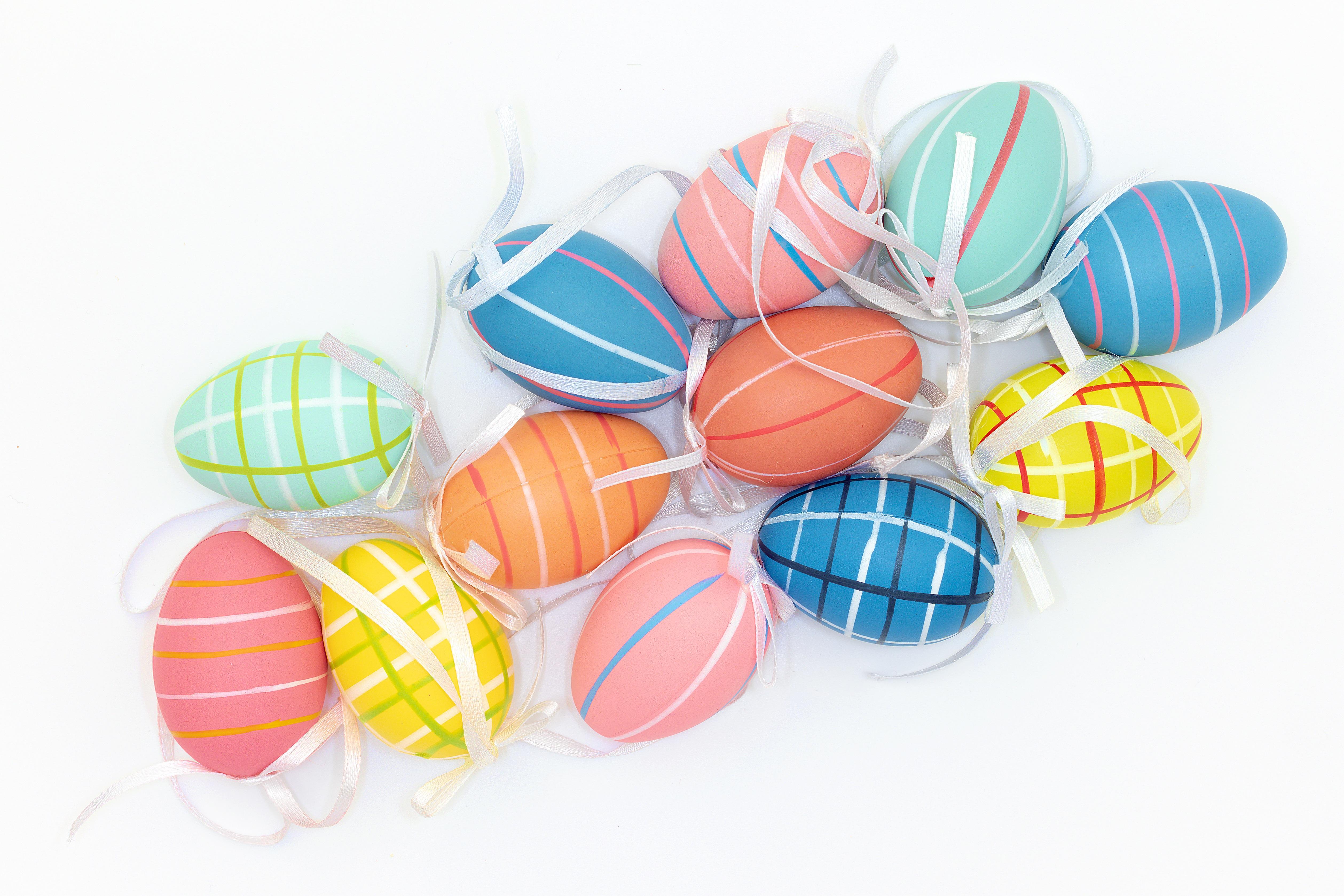 五颜六色复活节彩蛋图片