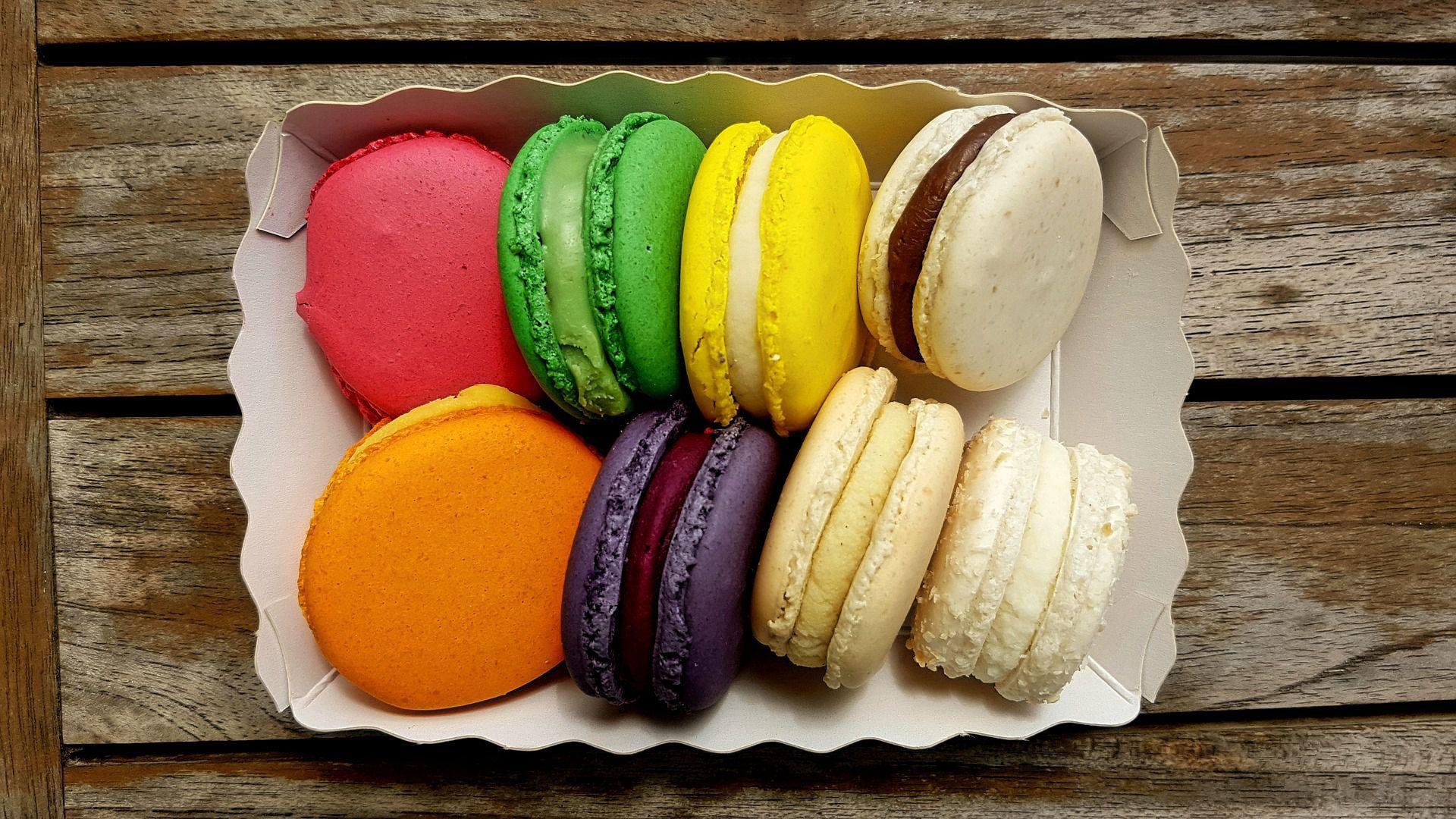 法式小甜点,可爱好看又美味的马卡龙高清图片彩色小圆饼