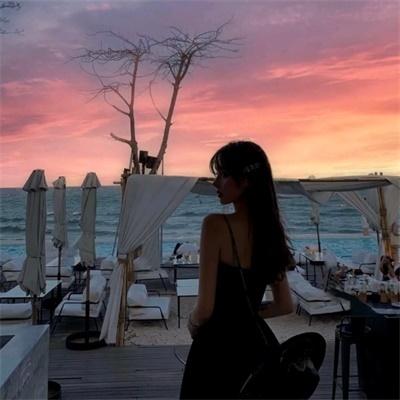 日落黄昏夕阳好看女生头像背影 女生唯美夕阳西下背影头像图片