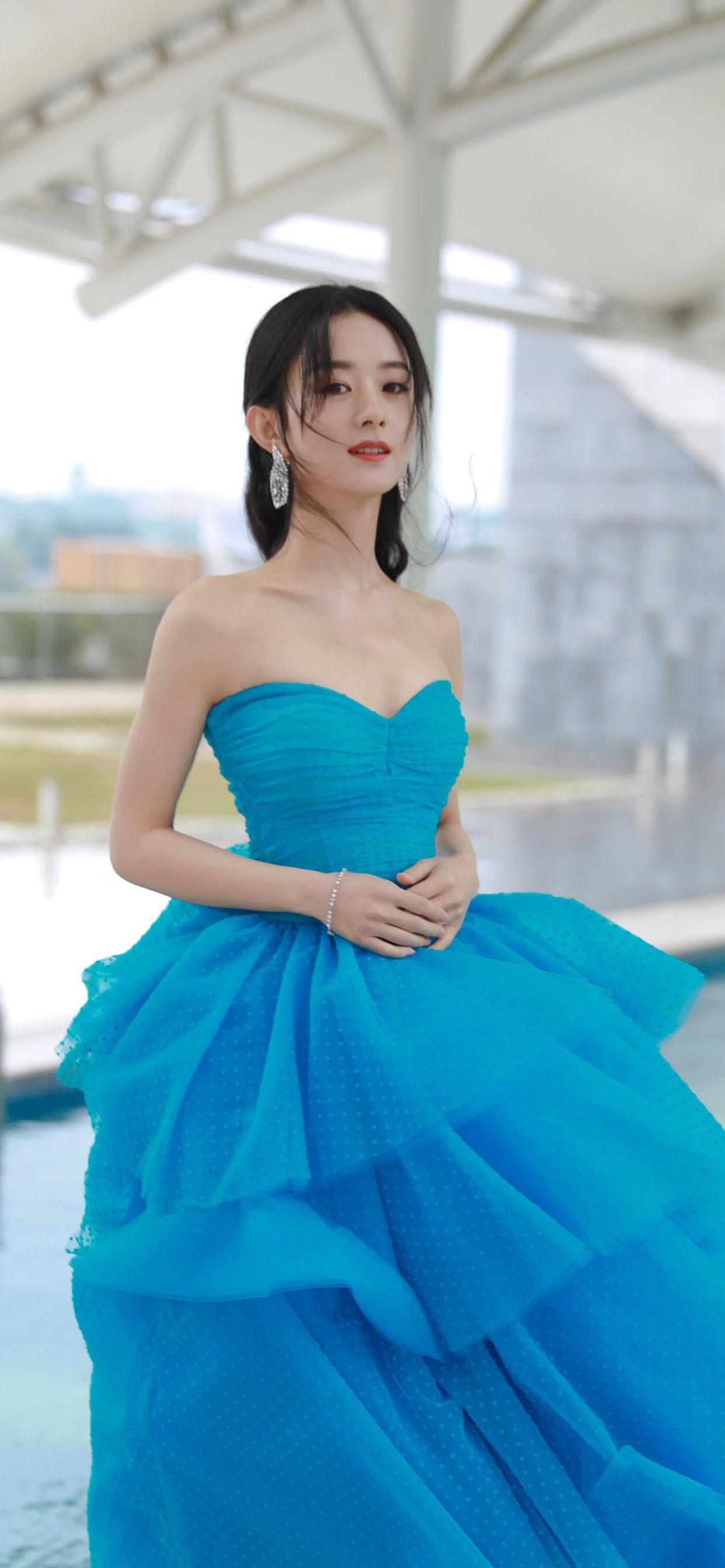 赵丽颖蓝色裙子手机壁纸