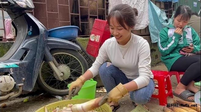 B站搬运油管:卖竹笋的越南妹子