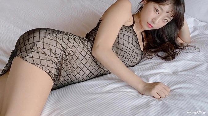 韩国妹子:표은지 Eunji Pyo 外表清纯 乳量惊人-好人卡