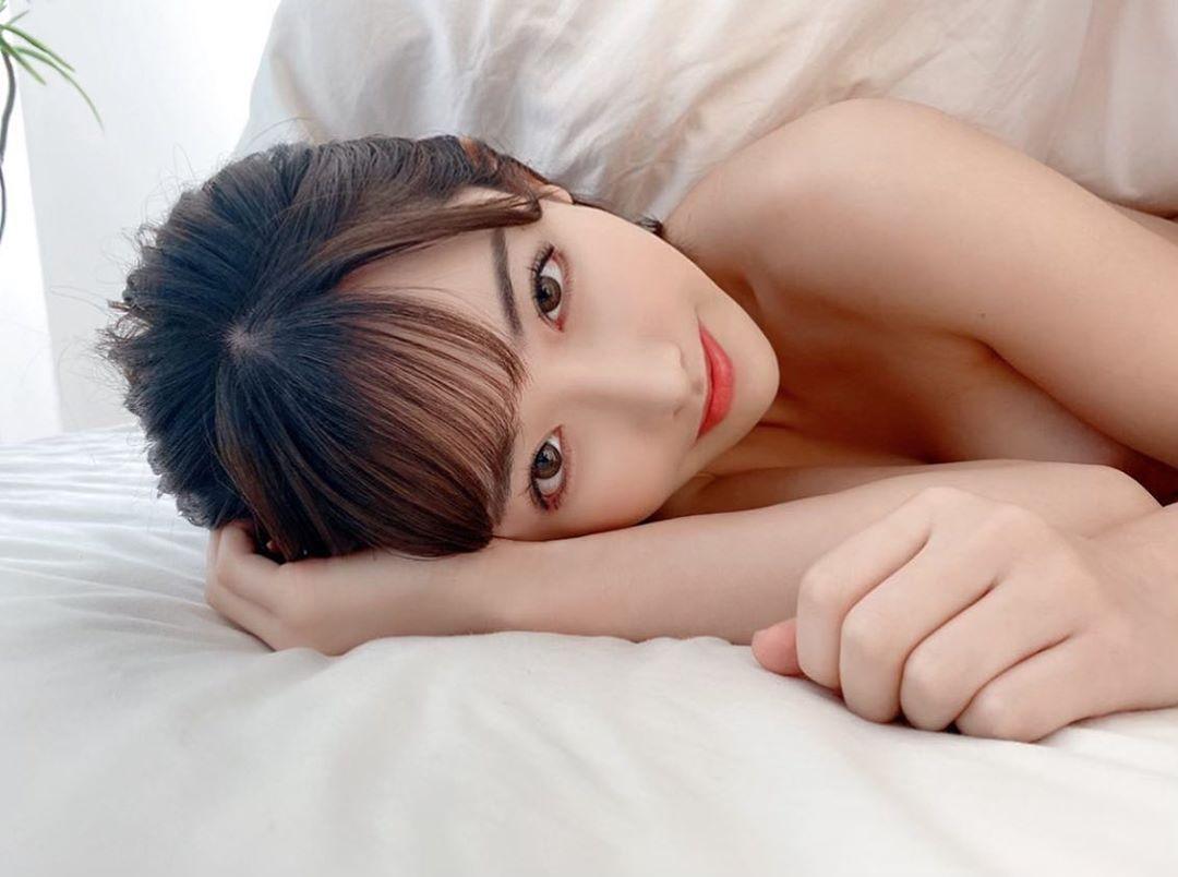 疯狂!深田咏美分享火辣照片,竟然被男粉丝跟踪